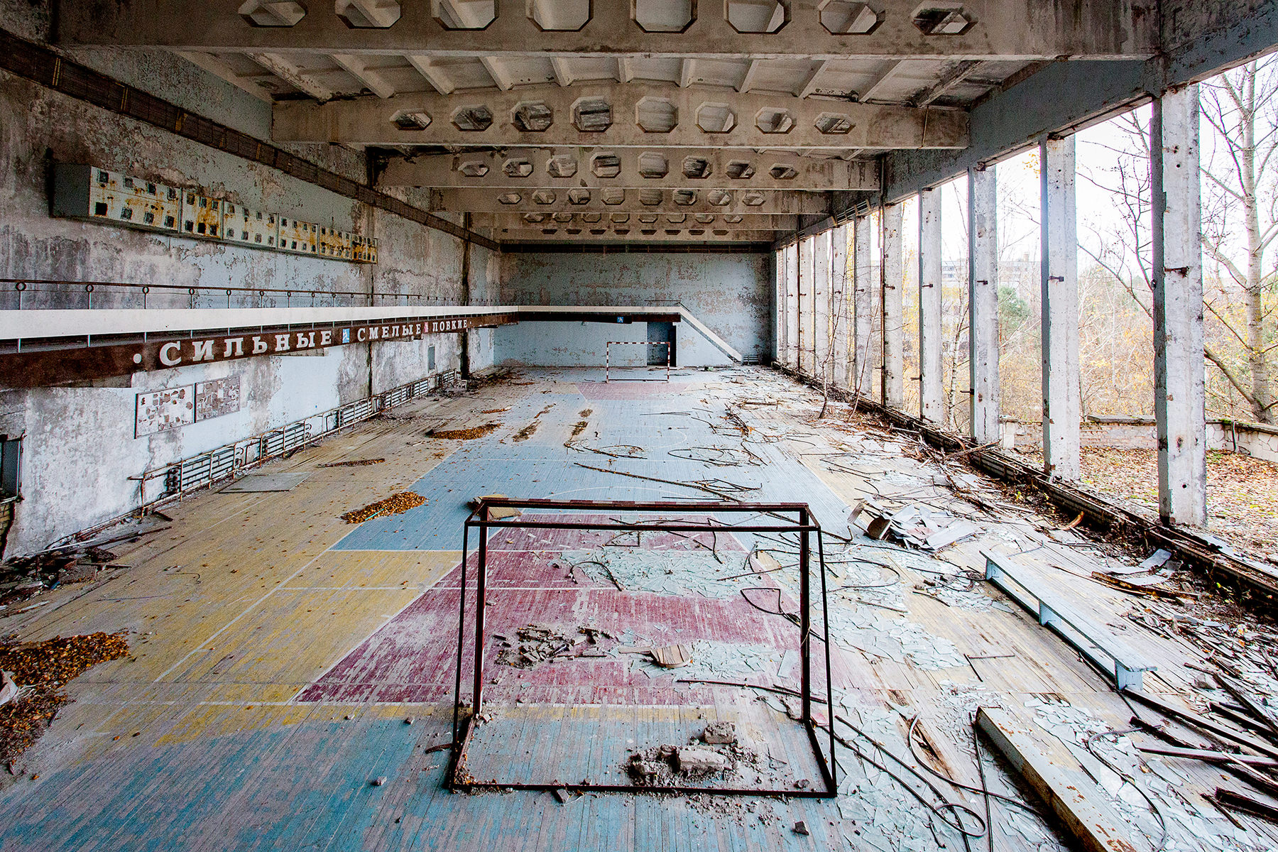 13 Urbex Abandoned Travel Photographer