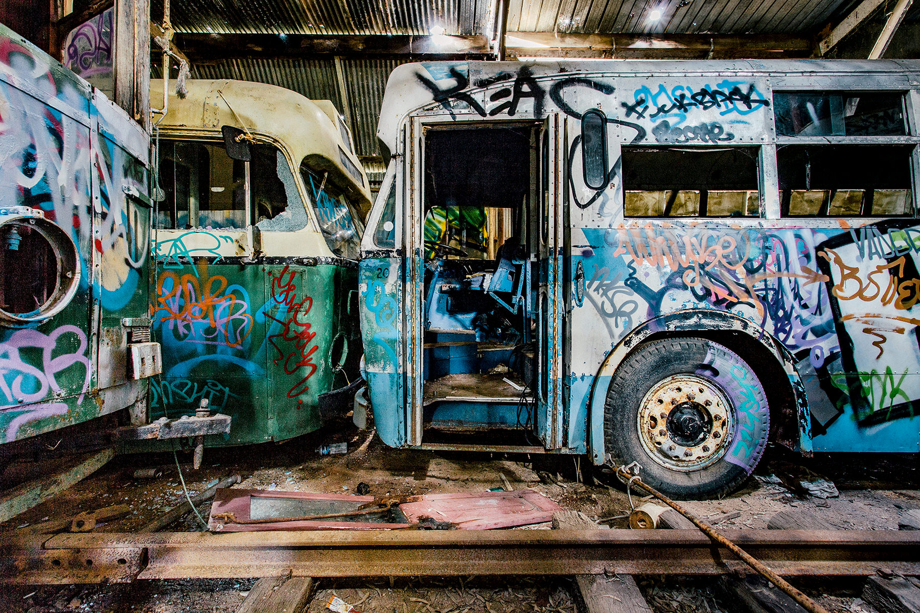 14 Urbex Abandoned Graffiti Photography